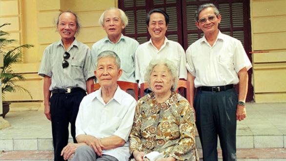 Giáo sư Phan Huy Lê:  Ngọn lửa không tắt - Ảnh 1.