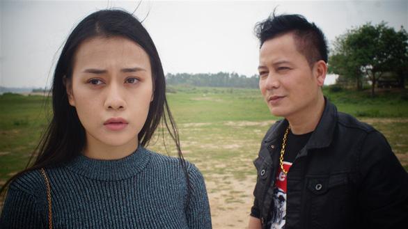 Tối 9-7, Quỳnh Búp bê bị rút khỏi trang VTV Giải trí - Ảnh 2.