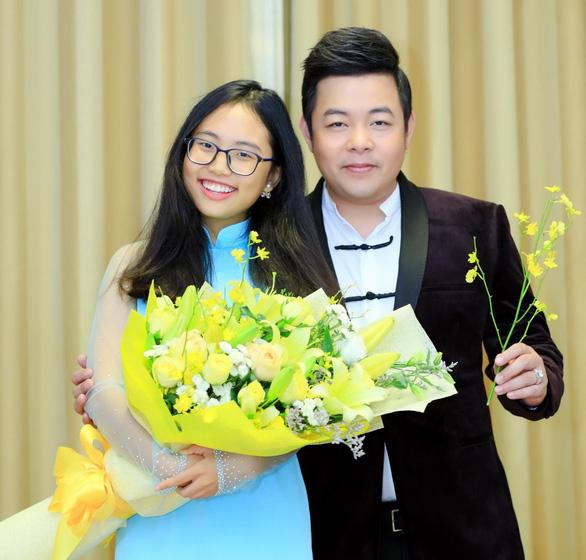 26-6: Noo Phước Thịnh ra MV, Hà Anh sinh con gái - Ảnh 2.