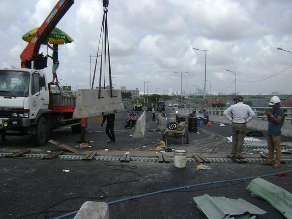 29-6 thông xe cầu vượt Mỹ Thủy, giải tỏa kẹt xe khu Cát Lái - Ảnh 2.