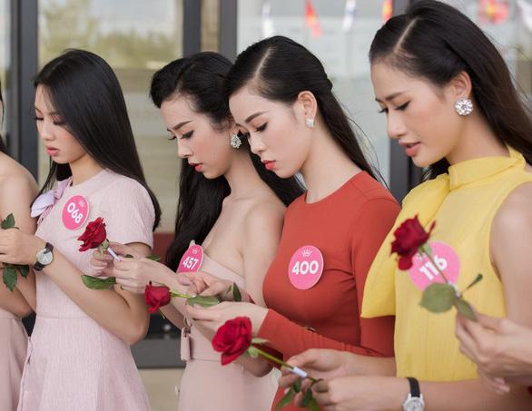 Hoa hậu Việt Nam 2018 bắt tay thực hiện dự án nhân ái - Ảnh 2.
