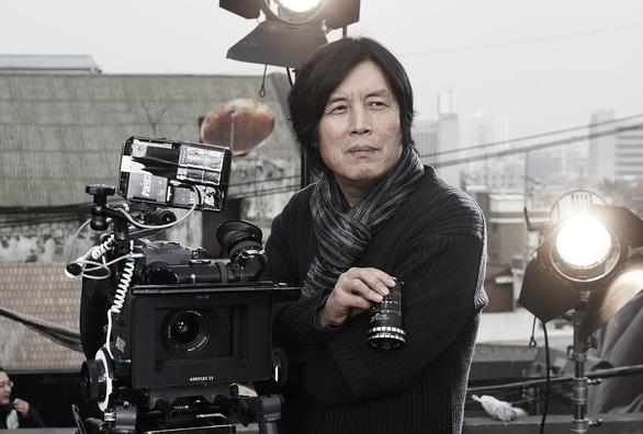 Burning của Lee Chang Dong: Khi tuổi trẻ hoang hoải và bất an - Ảnh 3.