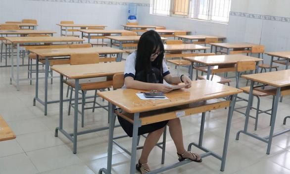Gần 350.000 thí sinh vào ngày thứ 2 thi THPT quốc gia - Ảnh 3.