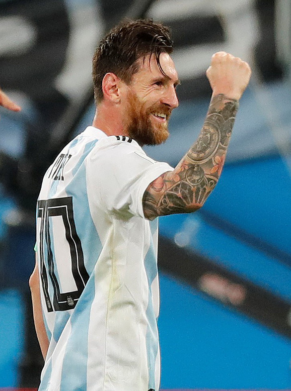 Lập siêu phẩm, Messi bây giờ mới bắt đầu World Cup! - Ảnh 10.