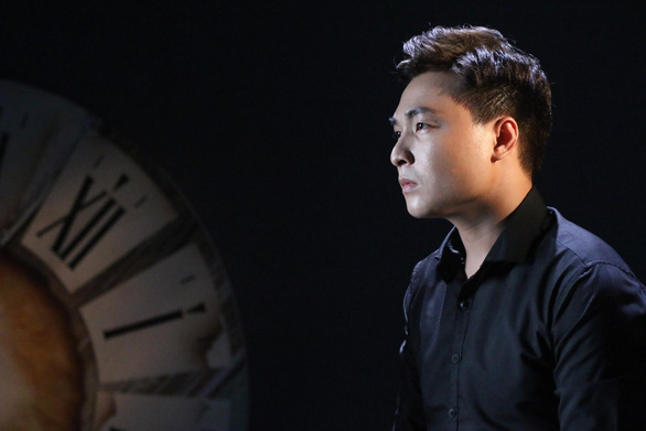 Quán quân Ban nhạc quyền năng 2018 ra MV Nỗi đau biết trước - Ảnh 1.
