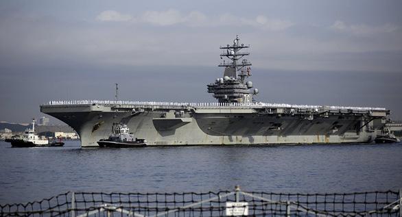 Tàu sân bay Mỹ lại đến Biển Đông thách thức Trung Quốc - Ảnh 1.