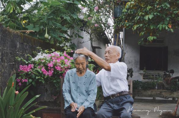 Ngày gia đình Việt Nam: ngỡ ngàng bộ ảnh Ông bà anh - Ảnh 7.
