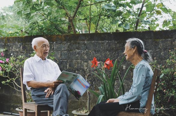 Ngày gia đình Việt Nam: ngỡ ngàng bộ ảnh Ông bà anh - Ảnh 2.