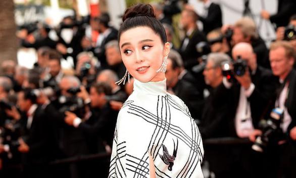 Trung Quốc chỉ trích ngành giải trí tôn thờ đồng tiền - Ảnh 1.