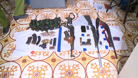 Bộ Công an tiêu diệt 2 trùm ma túy cố thủ trong nhà cài chất nổ - Ảnh 4.