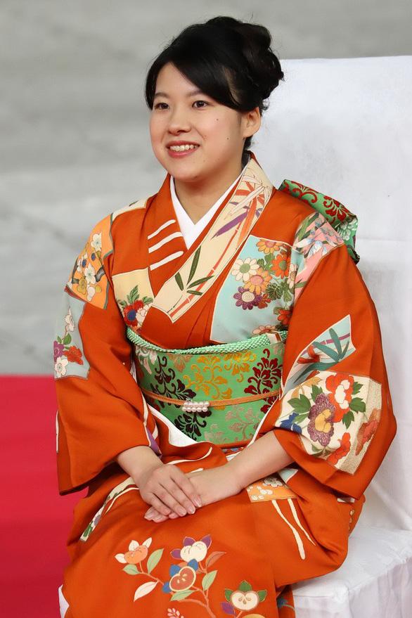 Công chúa nước Nhật: Khi địa vị hoàng gia không là gì trước tình yêu - Ảnh 2.