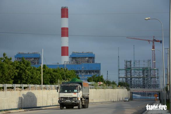 Gần 4 triệu m3 tro xỉ tồn đọng ở nhiệt điện Vĩnh Tân - Ảnh 2.