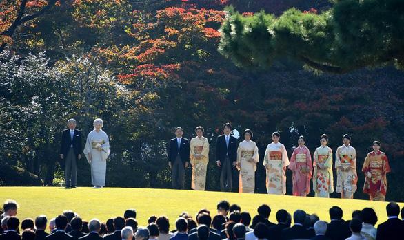 Công chúa nước Nhật: Khi địa vị hoàng gia không là gì trước tình yêu - Ảnh 1.