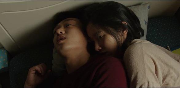 Burning của Lee Chang Dong: Khi tuổi trẻ hoang hoải và bất an - Ảnh 1.