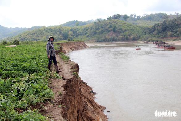 Công ty thủy điện phải bỏ tiền cho tỉnh vá bờ sông - Ảnh 6.