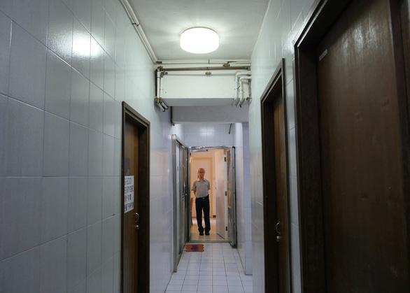 Căn hộ có án mạng, tin đồn ma ám là món hời ở Hong Kong - Ảnh 2.