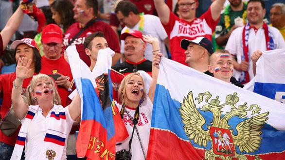 Báo Nga gọi phụ nữ Nga là gái điếm mùa World Cup - Ảnh 3.