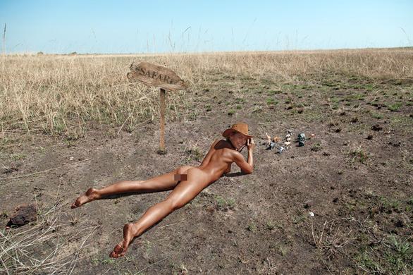 Người mẫu gây sốc vì chụp nude ở Bức tường Than khóc Jerusalem - Ảnh 7.