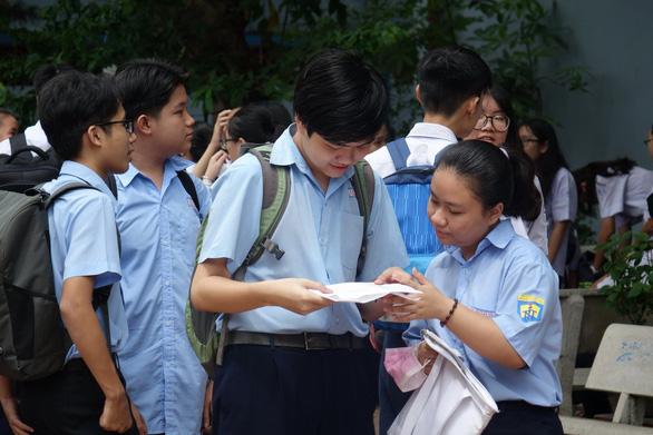 Sự kỳ vọng là áp lực hay động lực vào đề thi văn lớp 10 chuyên - Ảnh 6.