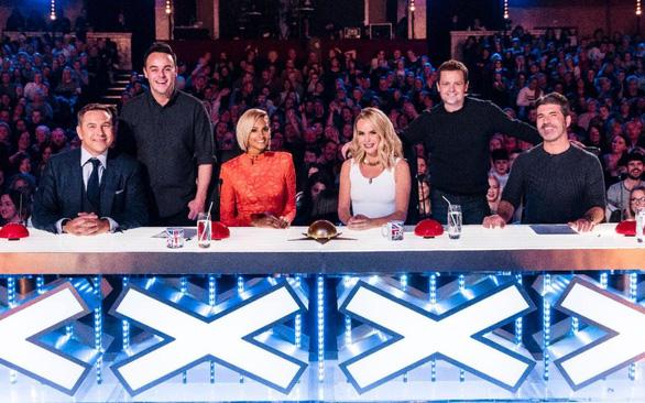 Đối thủ Quốc Cơ, Quốc Nghiệp ở chung kết Britain's Got Talent là ai? - Ảnh 4.