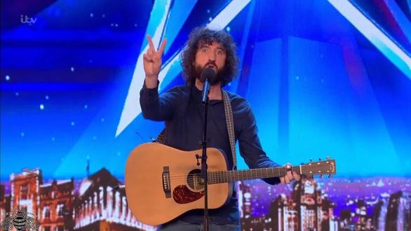 Đối thủ Quốc Cơ, Quốc Nghiệp ở chung kết Britain's Got Talent là ai? - Ảnh 9.