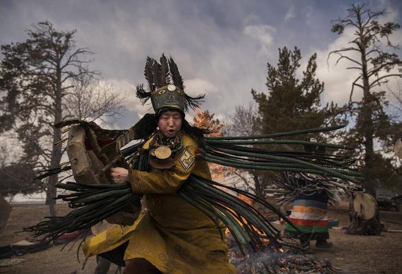 Đến Mông Cổ xem nghi thức pháp sư đón mùa hè - Ảnh 11.