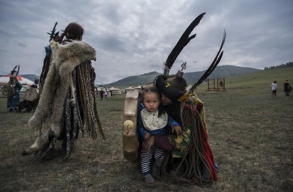 Đến Mông Cổ xem nghi thức pháp sư đón mùa hè - Ảnh 9.