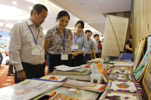 Mỗi người Việt đọc 1,2 quyển sách một năm - Ảnh 2.