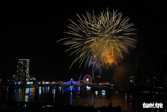 Ý chiến thắng lễ hội pháo hoa quốc tế Đà Nẵng 2018 - Ảnh 11.