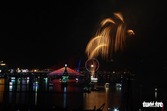 Ý chiến thắng lễ hội pháo hoa quốc tế Đà Nẵng 2018 - Ảnh 12.
