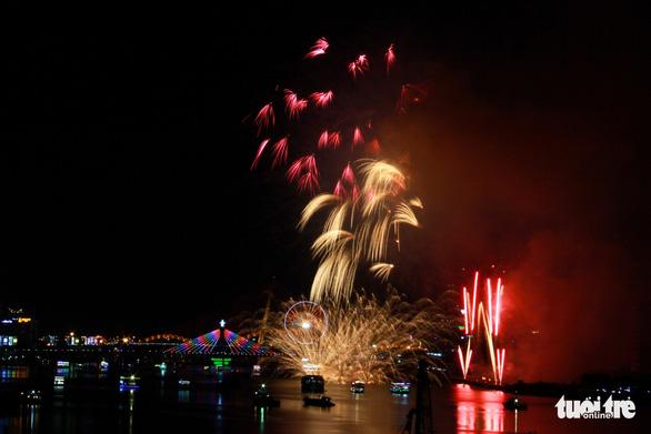 Ý chiến thắng lễ hội pháo hoa quốc tế Đà Nẵng 2018 - Ảnh 16.