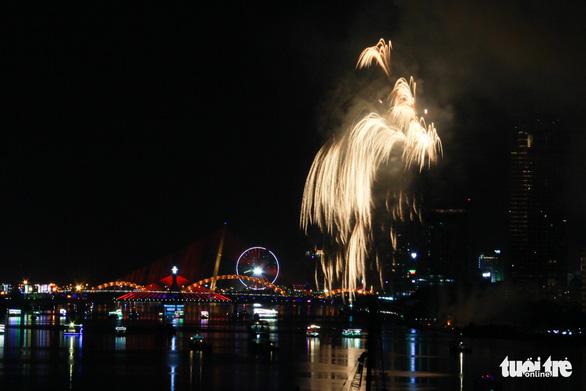 Ý chiến thắng lễ hội pháo hoa quốc tế Đà Nẵng 2018 - Ảnh 4.