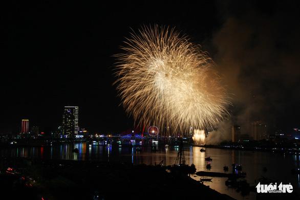 Ý chiến thắng lễ hội pháo hoa quốc tế Đà Nẵng 2018 - Ảnh 5.