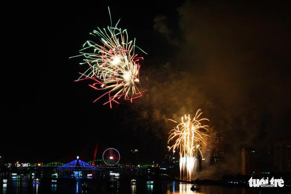 Ý chiến thắng lễ hội pháo hoa quốc tế Đà Nẵng 2018 - Ảnh 9.