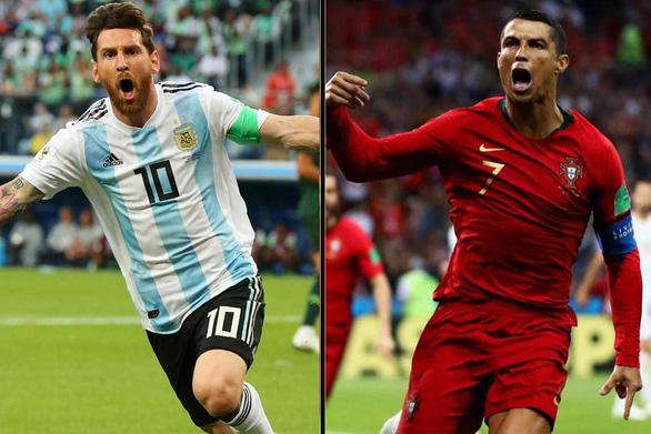 Cân áp lực gánh team của Messi và Ronaldo - Ảnh 1.