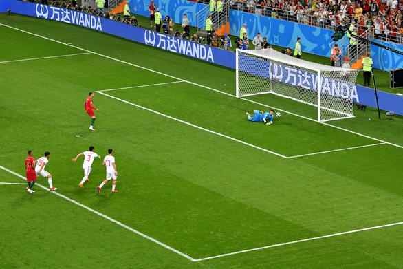 Cân áp lực gánh team của Messi và Ronaldo - Ảnh 4.
