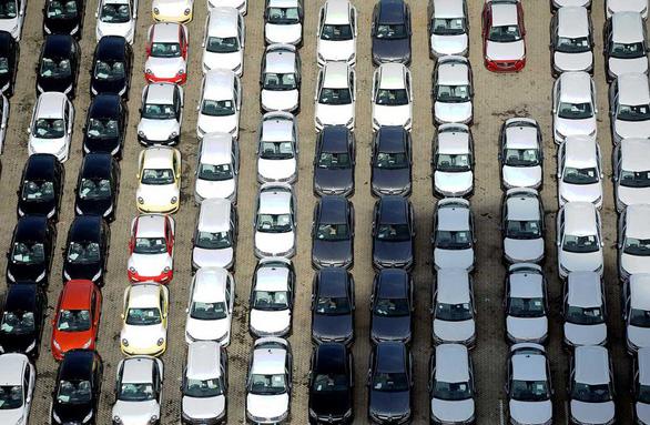 Giá xe lập tức giảm đồng loạt sau khi Malaysia giảm thuế - Ảnh 1.