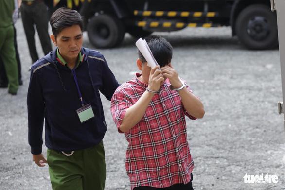Vụ khủng bố Tân Sơn Nhất: xin giảm án vì gia đình có công với cách mạng - Ảnh 1.