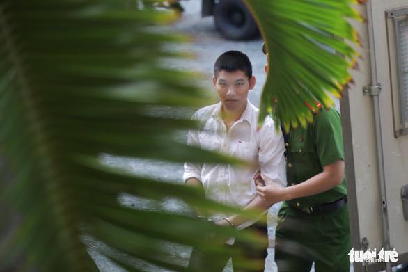 Vụ khủng bố Tân Sơn Nhất: xin giảm án vì gia đình có công với cách mạng - Ảnh 2.