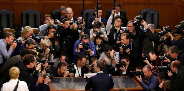 Thêm tiết lộ động trời về chia sẻ dữ liệu người dùng của Facebook - Ảnh 1.