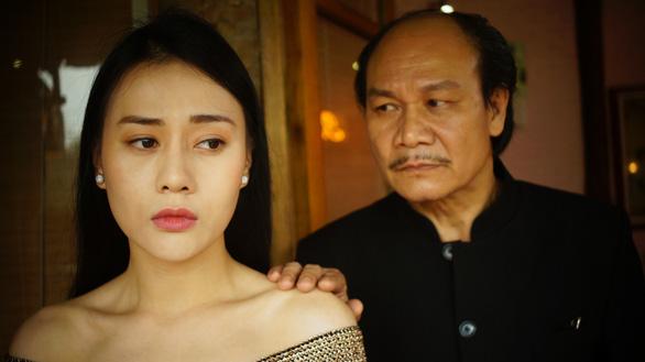 Phim đề tài gái mại dâm Quỳnh Búp bê: Diễn viên bầm dập - Ảnh 6.