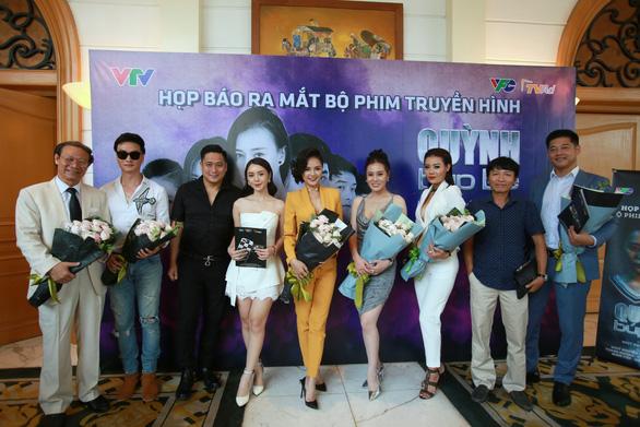 Phim đề tài gái mại dâm Quỳnh Búp bê: Diễn viên bầm dập - Ảnh 10.