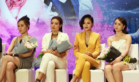 Phim đề tài gái mại dâm Quỳnh Búp bê: Diễn viên bầm dập - Ảnh 11.