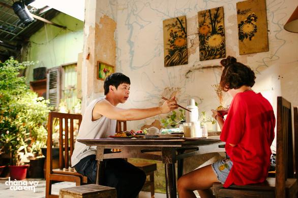Hình ảnh mới cúa Thái Hoà trong bộ phim thứ 7 cùng Charlie Nguyễn - Ảnh 9.