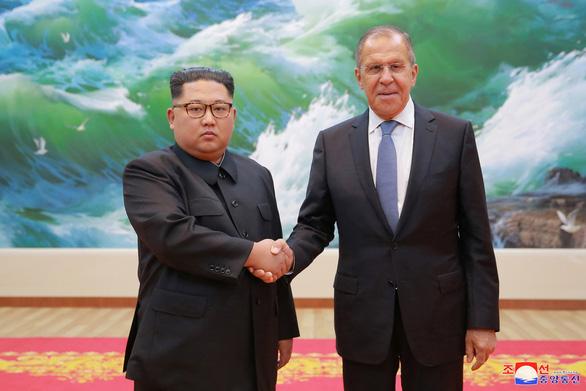 Ông Putin ca ngợi ông Trump can đảm và chín chắn khi gặp ông Kim Jong Un - Ảnh 2.