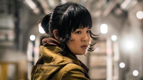 Nữ diễn viên gốc Việt xoá Instagram vì bị fan Star Wars quấy rối - Ảnh 4.