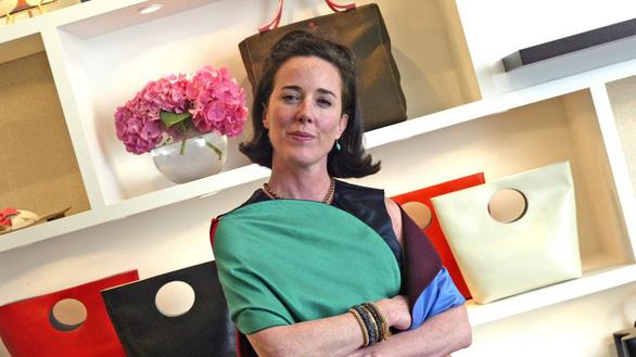 Nhà thiết kế Kate Spade treo cổ tự tử bằng khăn ở nhà riêng - Ảnh 1.