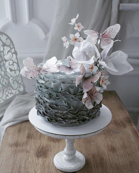 Những chiếc bánh ngọt đẹp không nỡ ăn của mỹ nhân Nga - Ảnh 6.