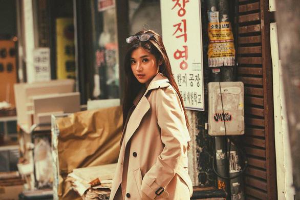 8-6: Ca khúc buồn nhất album Tâm 9, cô gái Việt mồ côi thi Miss Asia World - Ảnh 13.