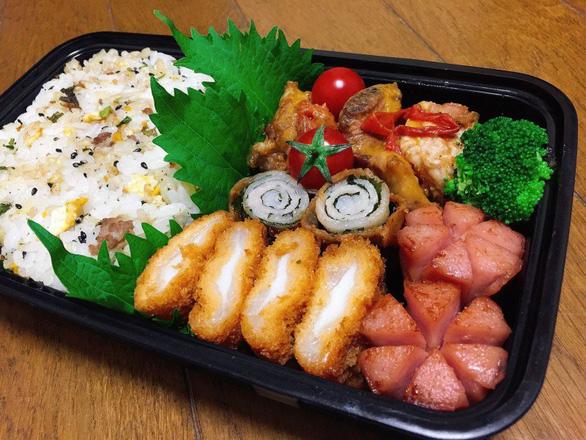 Hộp cơm đẹp như ngoài tiệm của nữ du học sinh Nhật Bản - Ảnh 8.